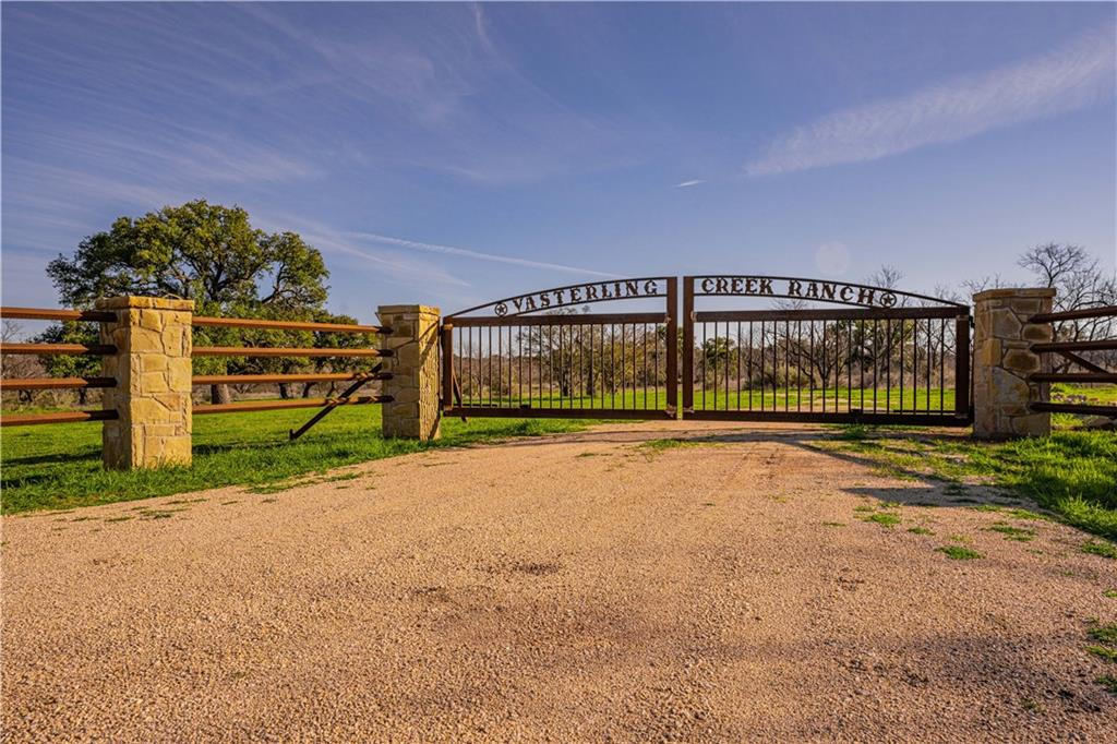 Property Photo - Llano, TX real estate listing