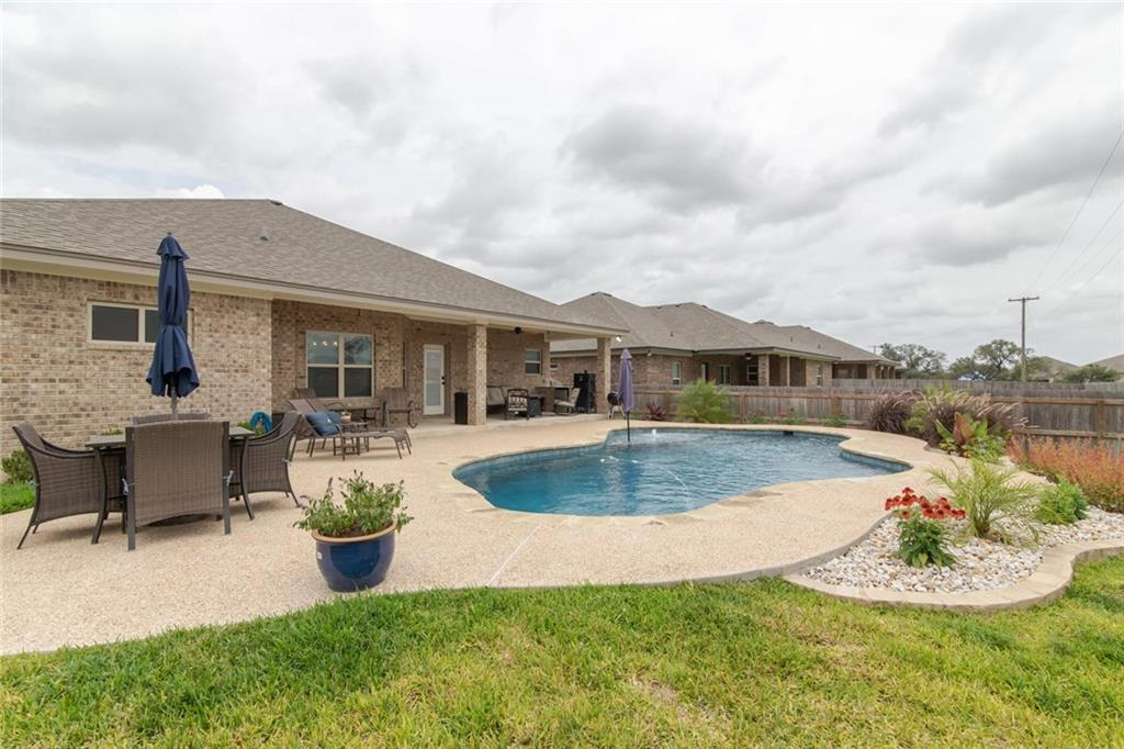 8702 Grand Oaks LN, Killeen TX 76542 Property Photo - Killeen, TX real estate listing