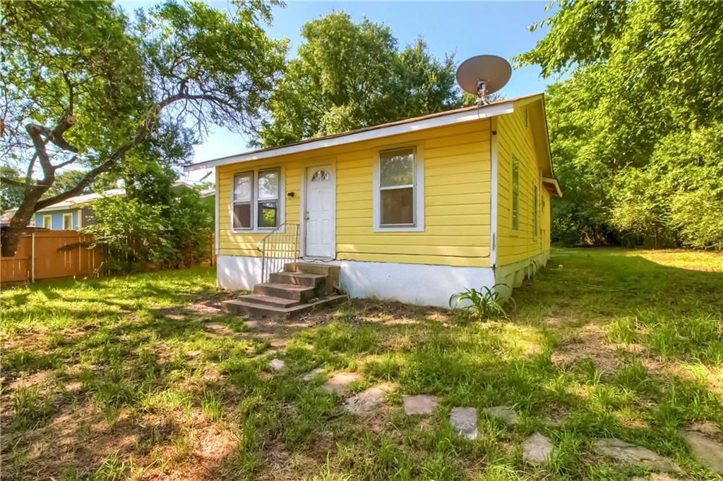 121 Jackson ST, Elgin TX 78621 Property Photo - Elgin, TX real estate listing