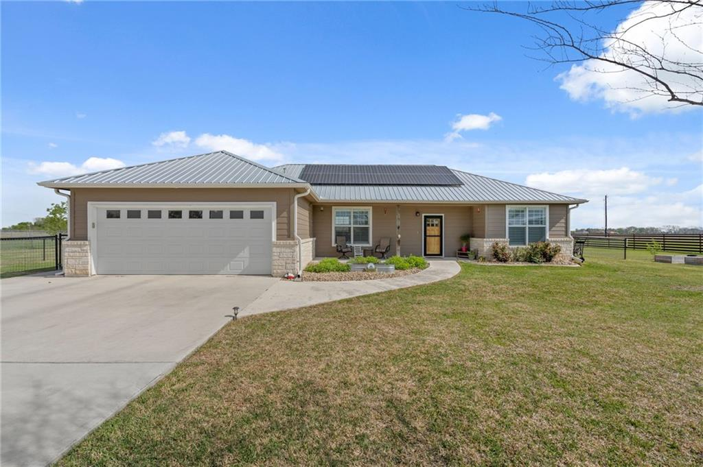 310 Windy LN Property Photo - Taylor, TX real estate listing