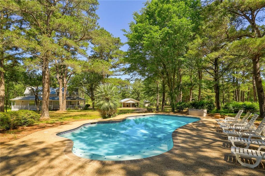 162 Dunbar RD, McDade TX 78650 Property Photo - McDade, TX real estate listing
