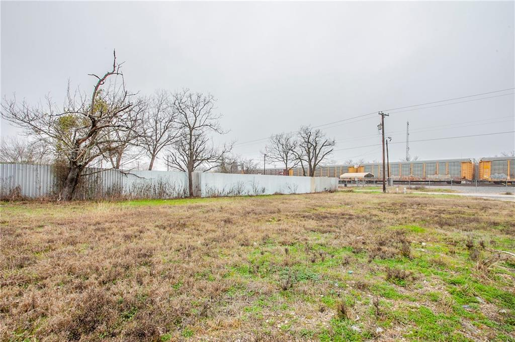 1406 Welch ST Property Photo - Taylor, TX real estate listing