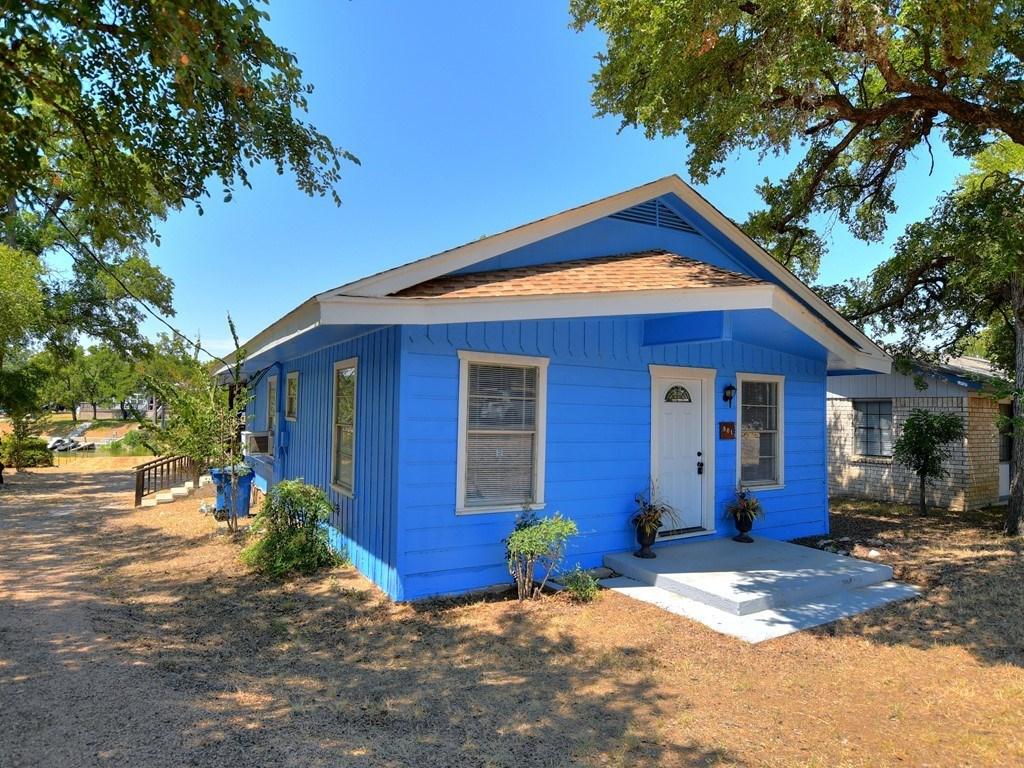 901 Woodland Hills DR, Granite Shoals TX 78654 Property Photo - Granite Shoals, TX real estate listing