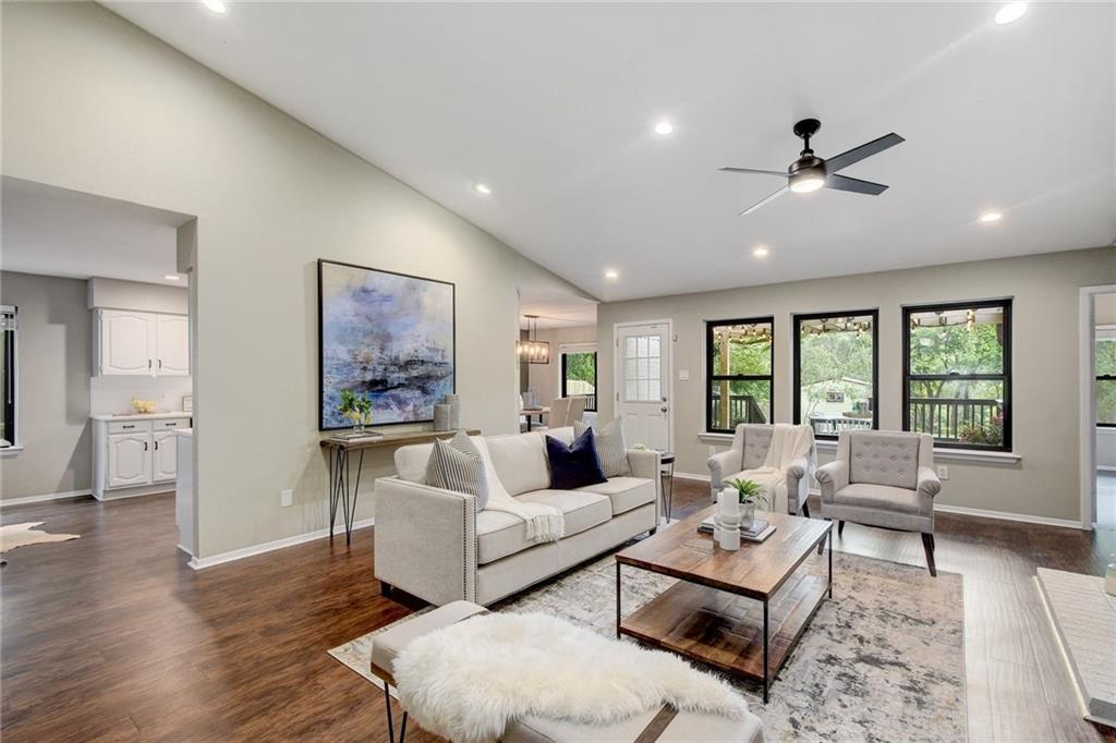 618 Kingfisher Creek DR, Austin TX 78748 Property Photo - Austin, TX real estate listing