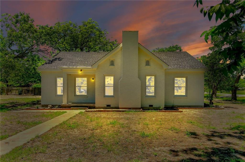 145 S Lucy ST Property Photo - Bartlett, TX real estate listing