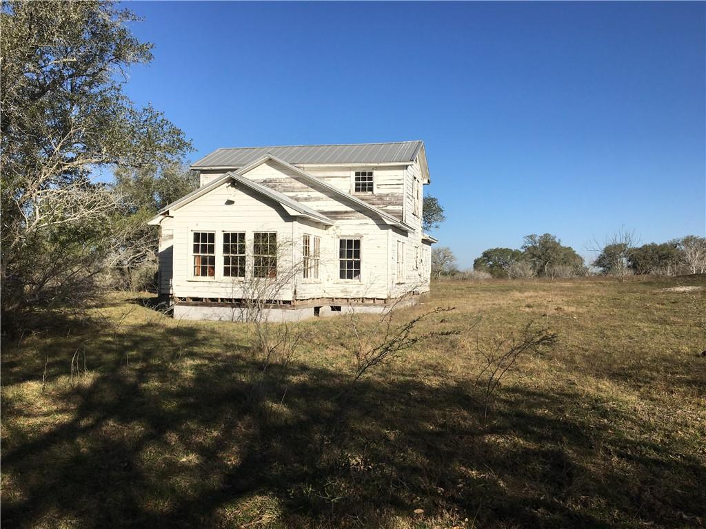 1342 CR 358 RD Property Photo - Gonzales, TX real estate listing