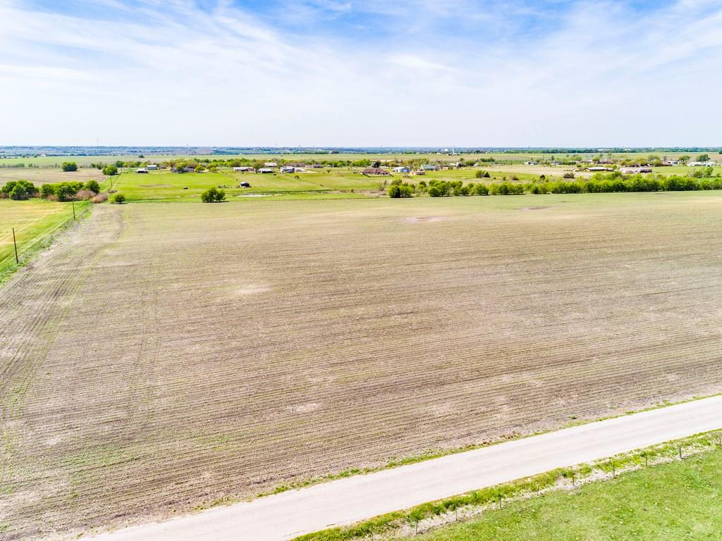 350 County Road 446 Property Photo - Taylor, TX real estate listing