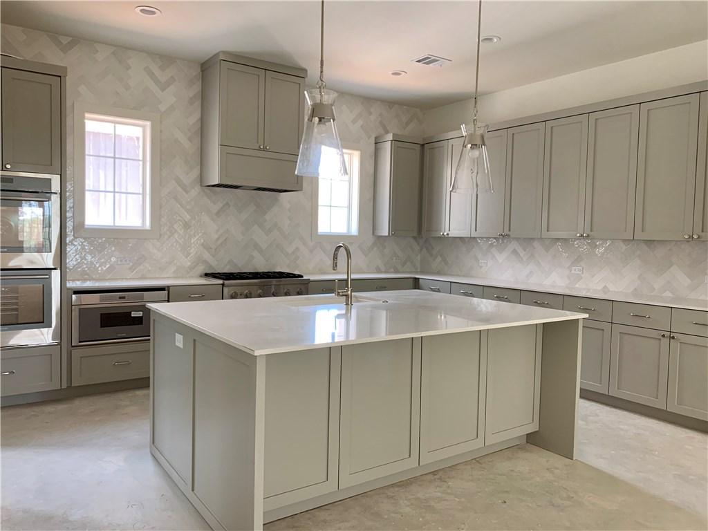 15712 GRUMBLES LN, Austin TX 78738 Property Photo - Austin, TX real estate listing