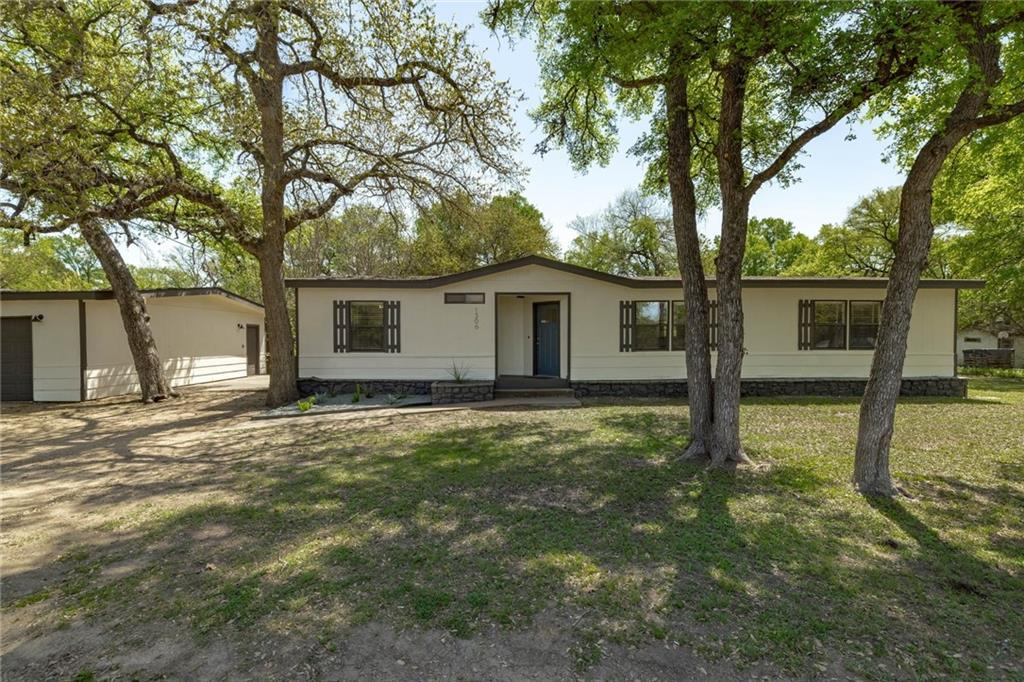 1306 Deep Forest DR Property Photo - Granite Shoals, TX real estate listing