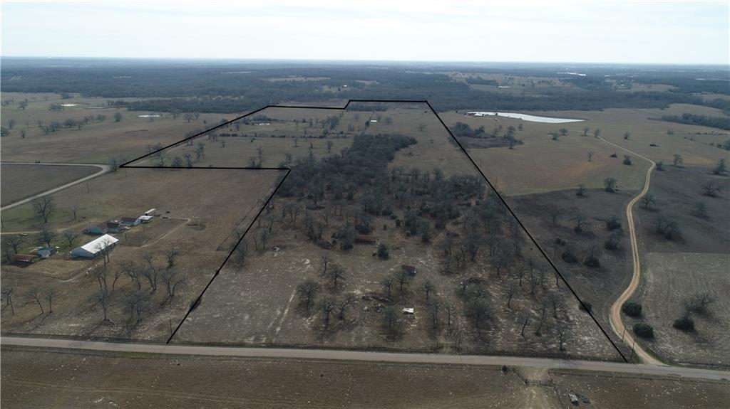 2016 County Road 412 Property Photo - Lexington, TX real estate listing
