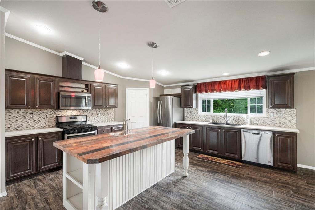 10801 Bradshaw RD, Austin TX 78747 Property Photo - Austin, TX real estate listing