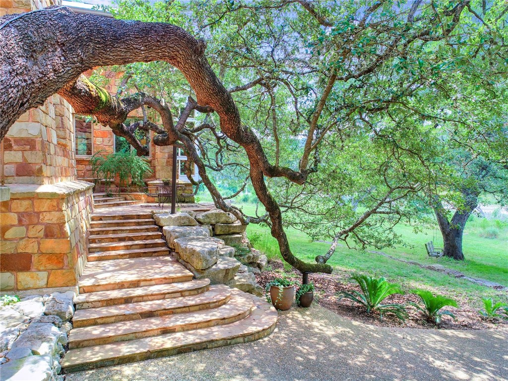 2050 Red Hawk RD, Wimberley TX 78676 Property Photo - Wimberley, TX real estate listing