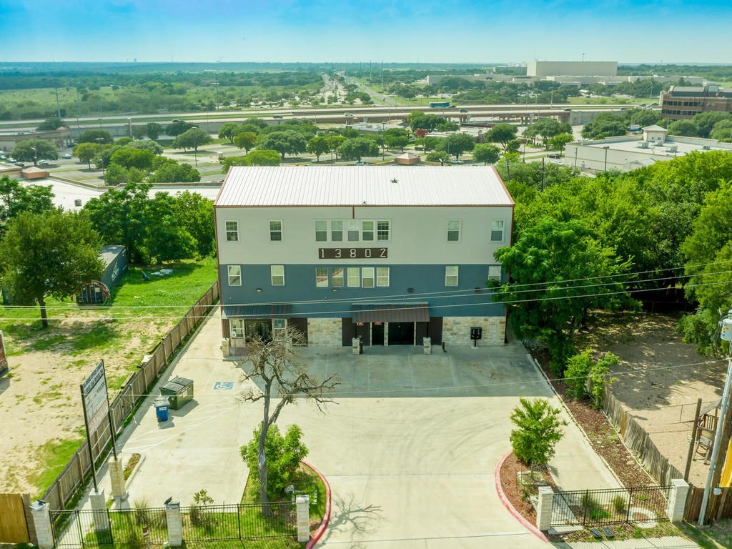 13802 Ida Ridge DR, Austin TX 78727 Property Photo
