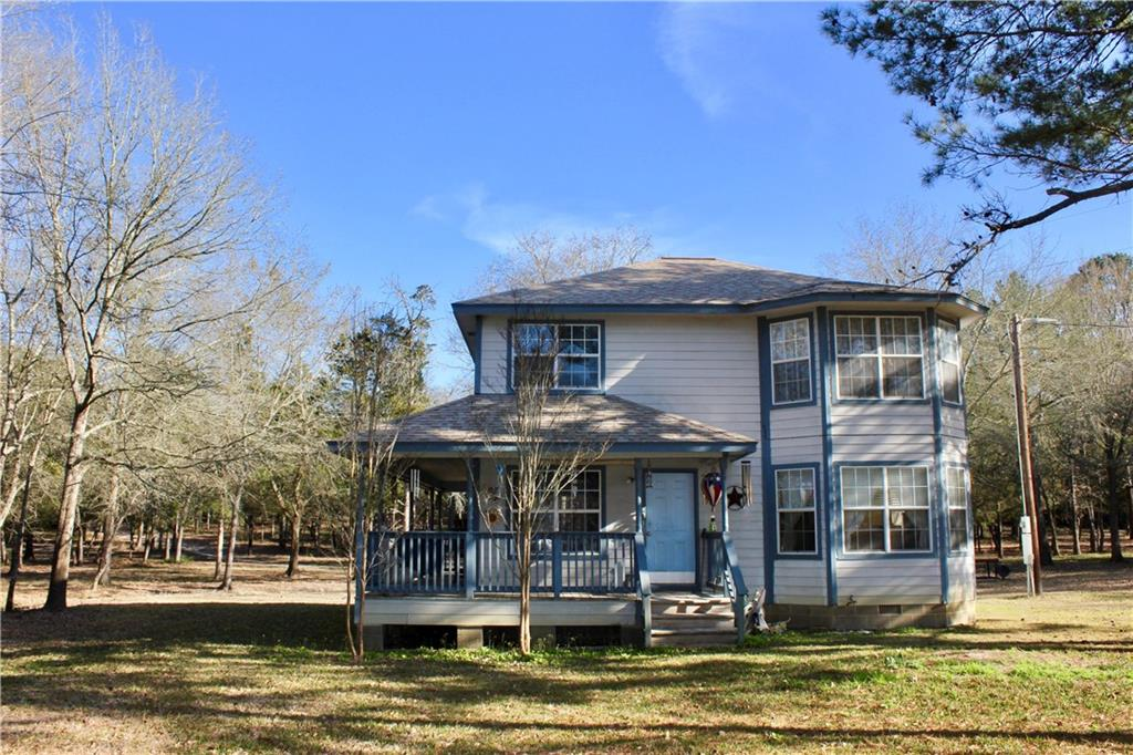 1226 Private Road 3071 PR Property Photo - McDade, TX real estate listing