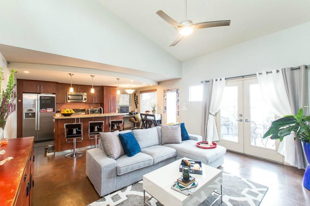 41 Waller ST # 308, Austin TX 78702 Property Photo - Austin, TX real estate listing