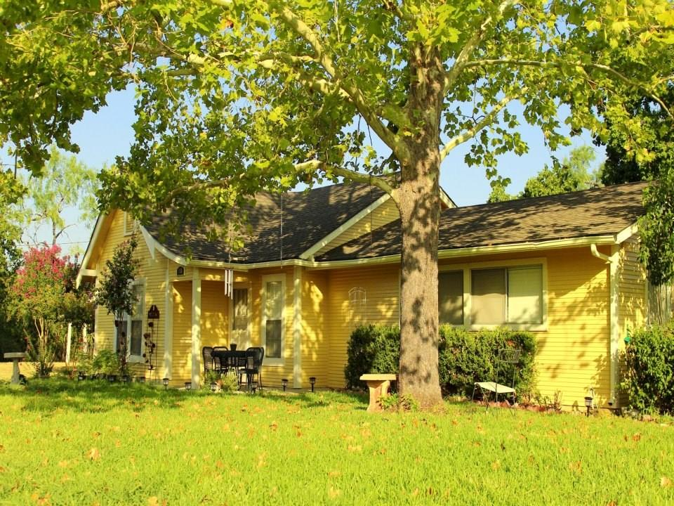 116 S Lentz ST, Red Rock TX 78662 Property Photo - Red Rock, TX real estate listing