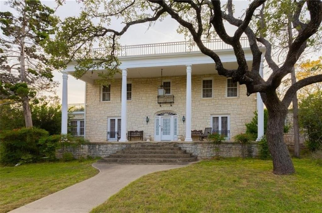 200 N Spring ST Property Photo - Lampasas, TX real estate listing