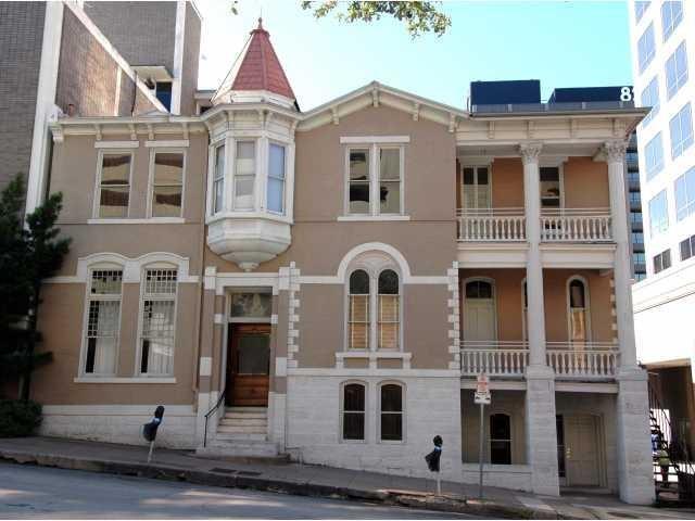 109 E 10th ST Property Photo - Austin, TX real estate listing