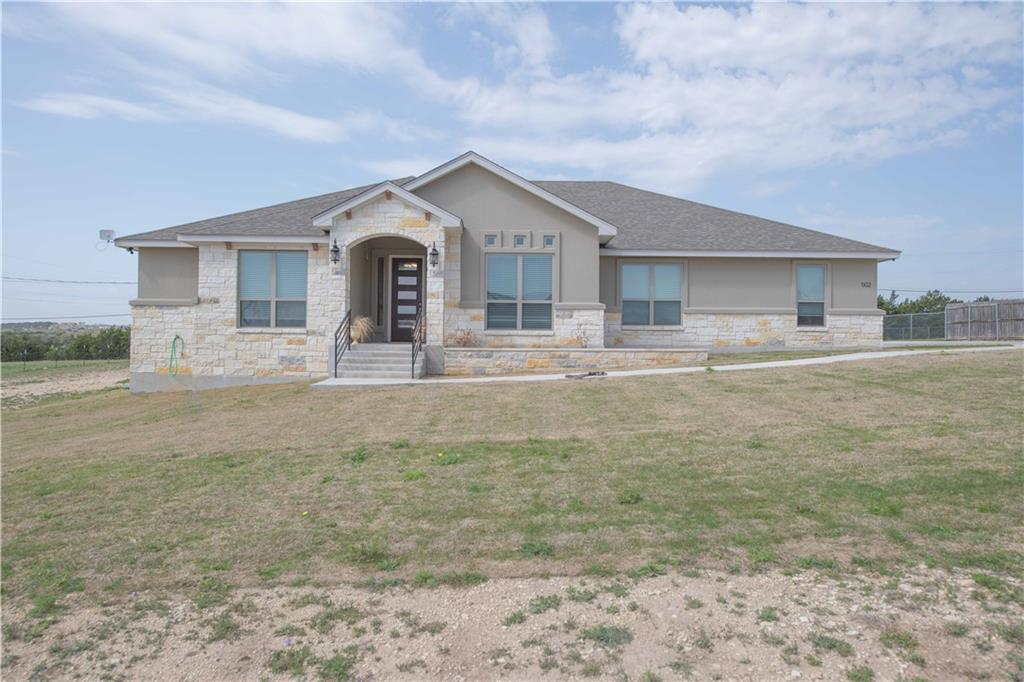 502 Dawns Peak Property Photo - Lampasas, TX real estate listing