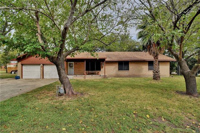 105 E Mesquite ST, Granger TX 76530, Granger, TX 76530 - Granger, TX real estate listing