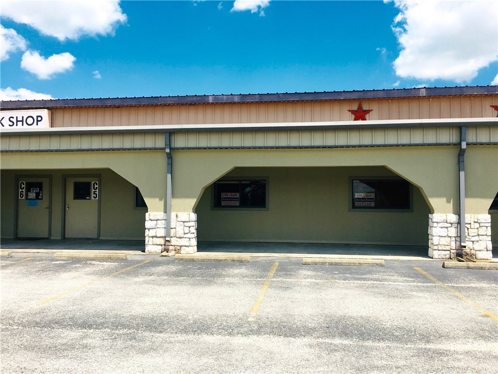 125 Kellar RD # 5, Smithville TX 78957 Property Photo