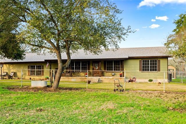 1861 E Davis ST, Luling TX 78648, Luling, TX 78648 - Luling, TX real estate listing