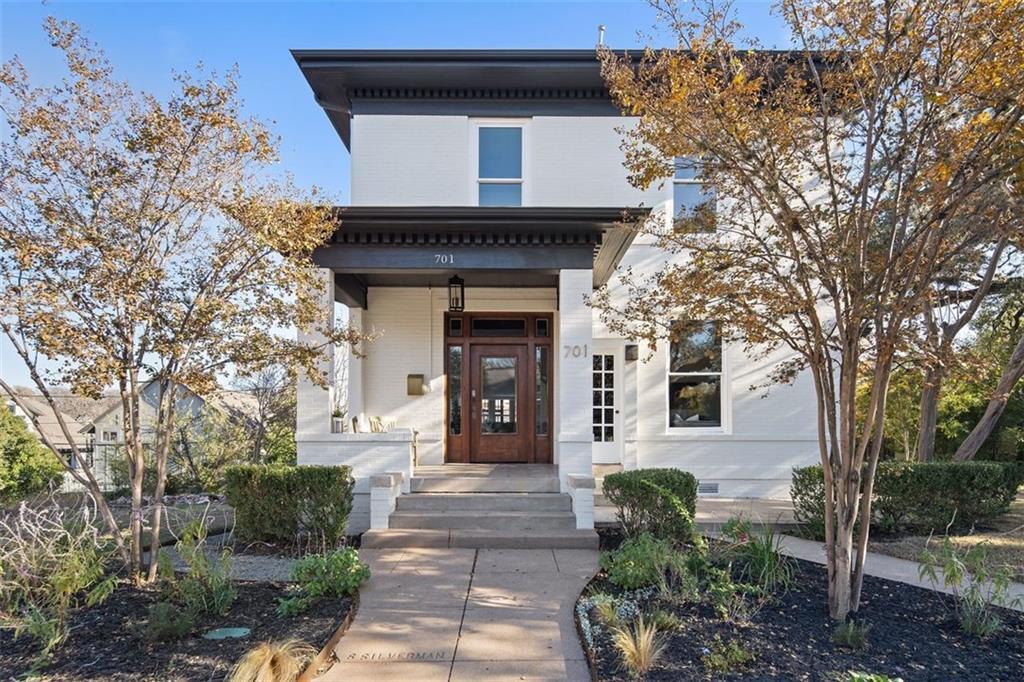 701 Highland Ave Property Photo - Austin, TX real estate listing