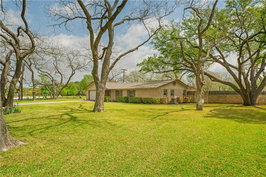 11905 Mustang Chase Property Photo - Austin, TX real estate listing