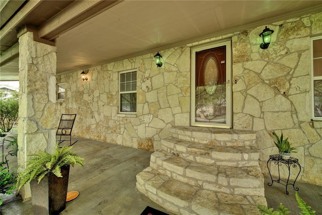 205 N Avenue E, Elgin TX 78621 Property Photo - Elgin, TX real estate listing