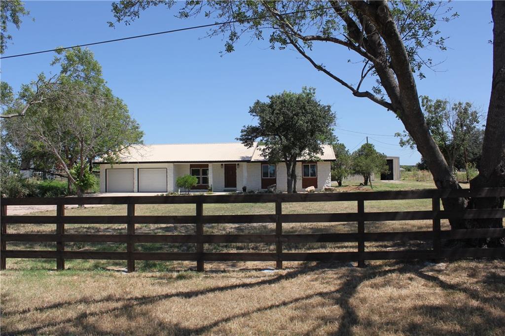 916 Dallas ST Property Photo - Kingsland, TX real estate listing