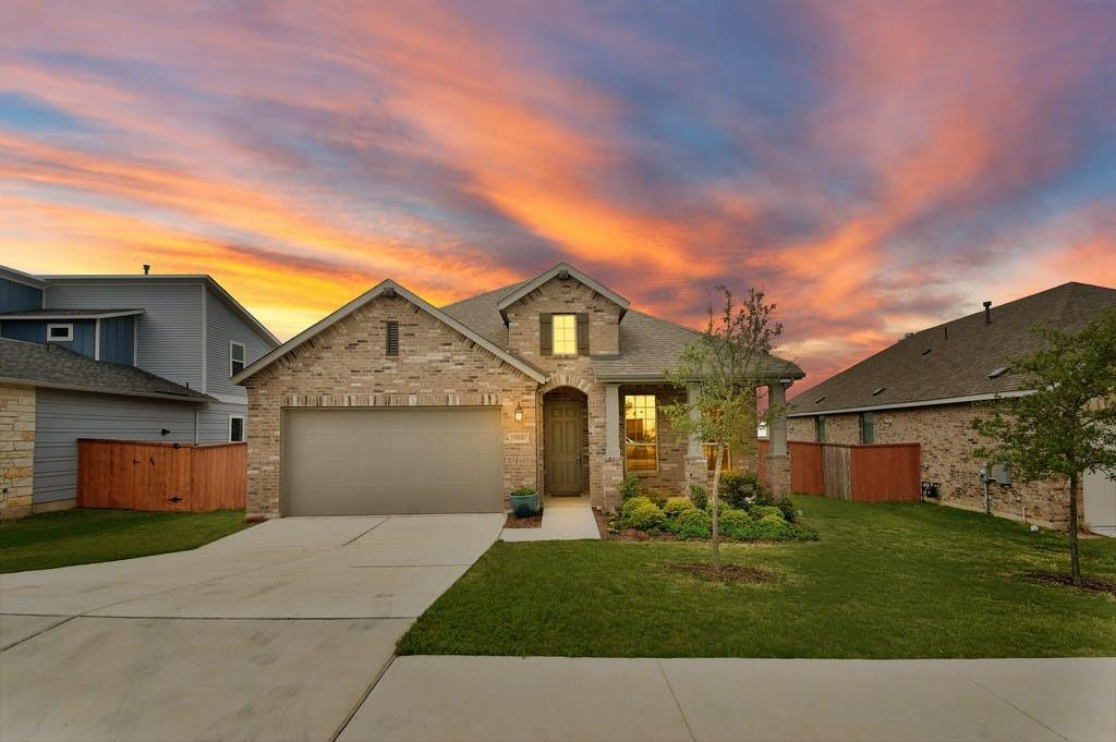 11716 American Mustang LOOP Property Photo - Manor, TX real estate listing