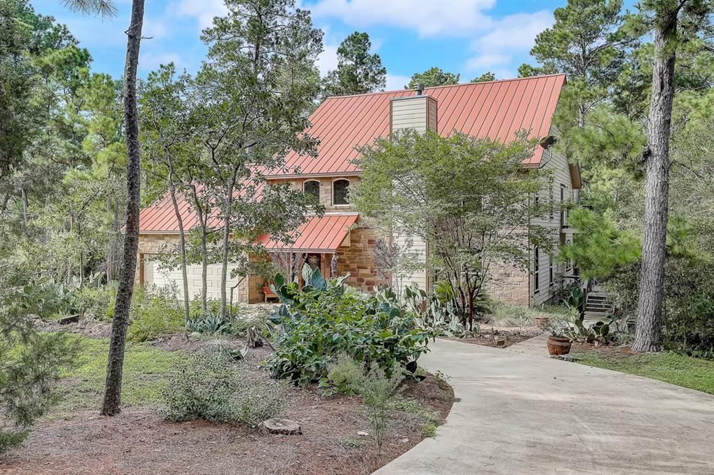 250 Majestic Pine Dr Property Photo