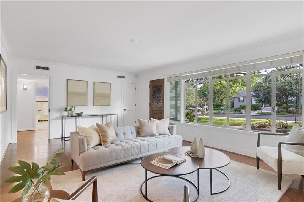 2406 Bowman Ave Property Photo - Austin, TX real estate listing