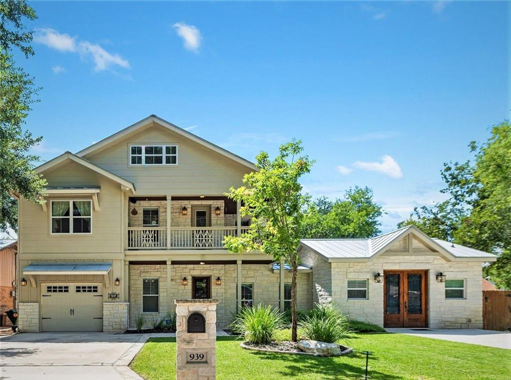939 Hayselton Ave Property Photo - New Braunfels, TX real estate listing