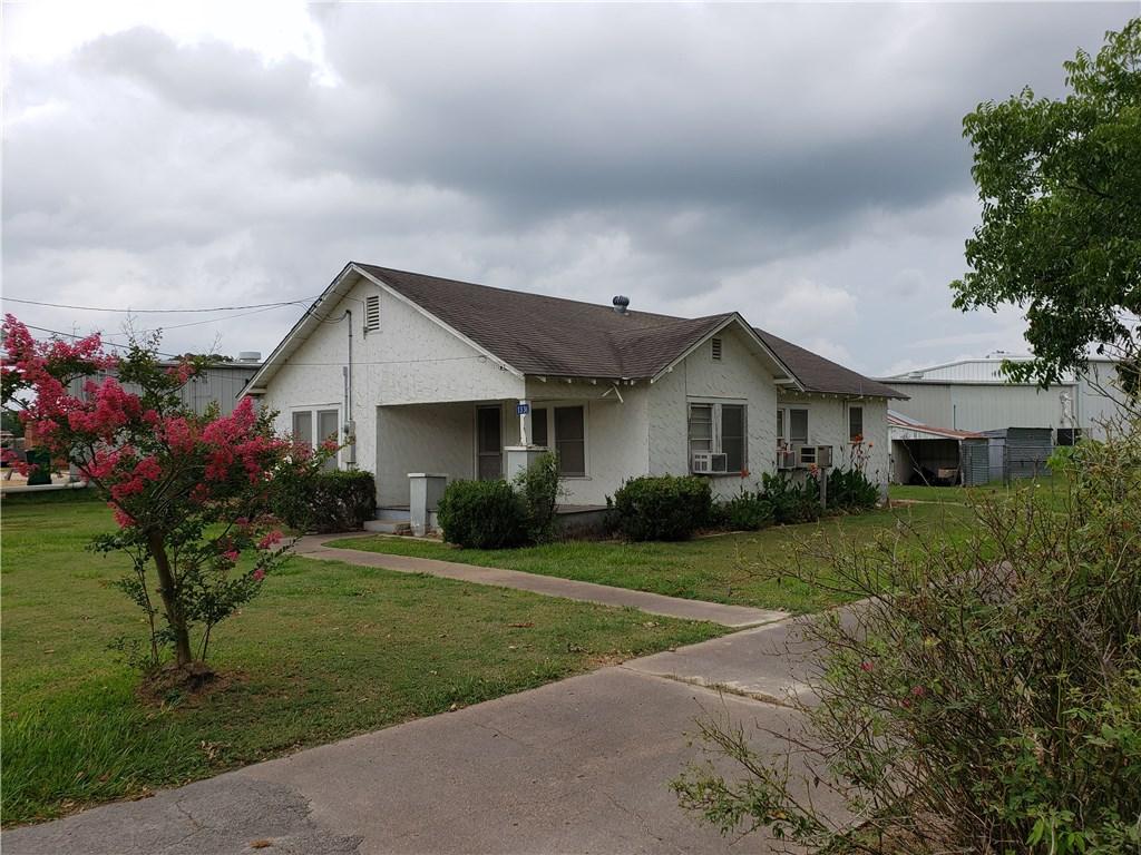 1336 N Jefferson ST, La Grange TX 78945 Property Photo