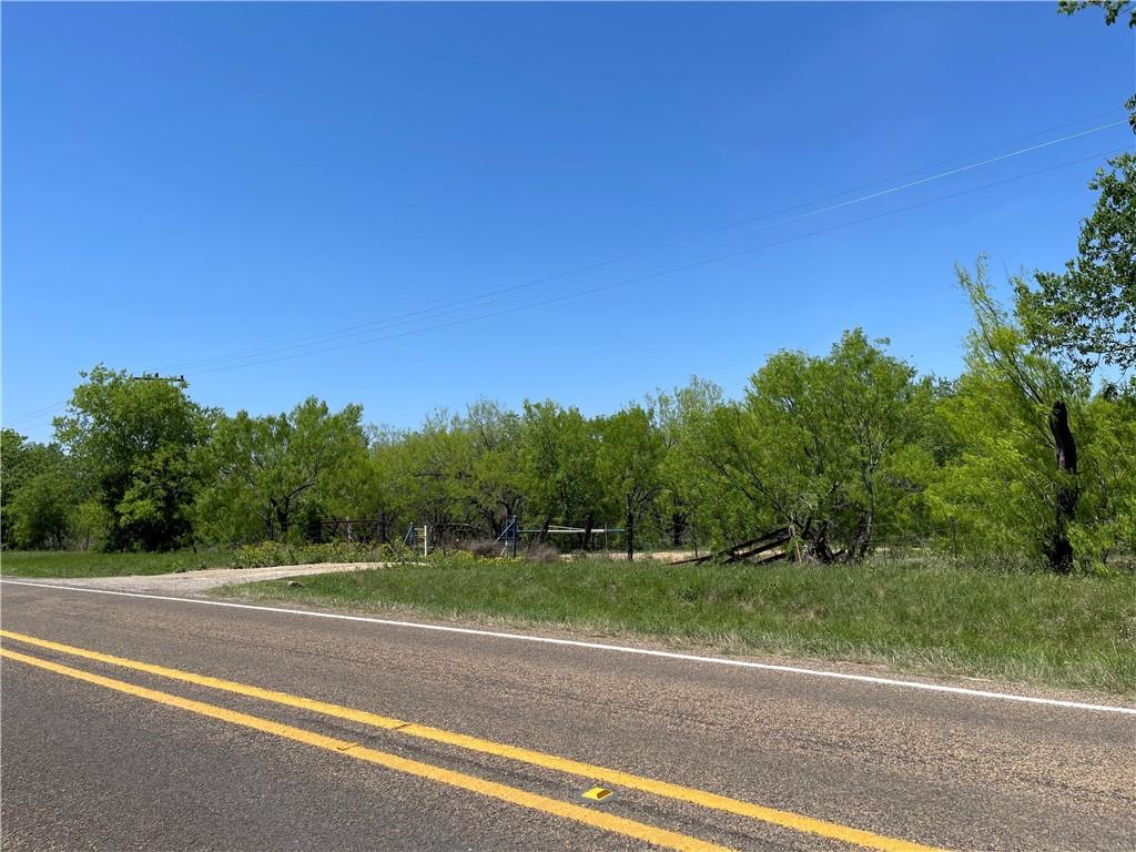 3420 FM 671 RD Property Photo - Luling, TX real estate listing