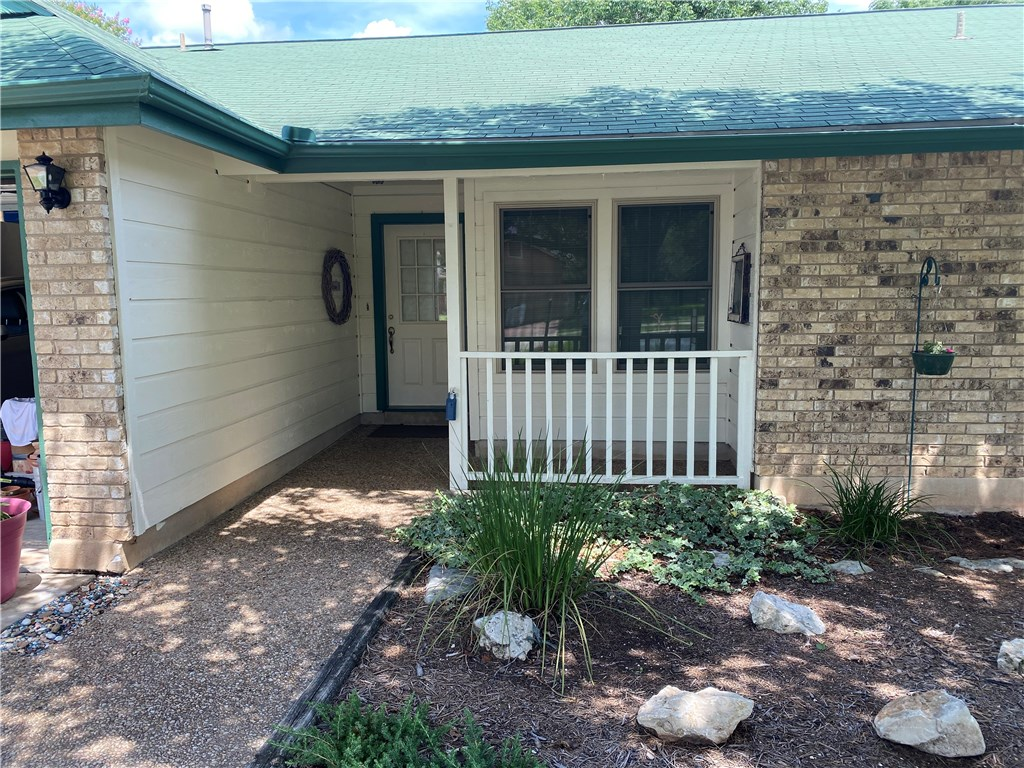 211 Hickok ST N, Round Rock TX 78681 Property Photo - Round Rock, TX real estate listing