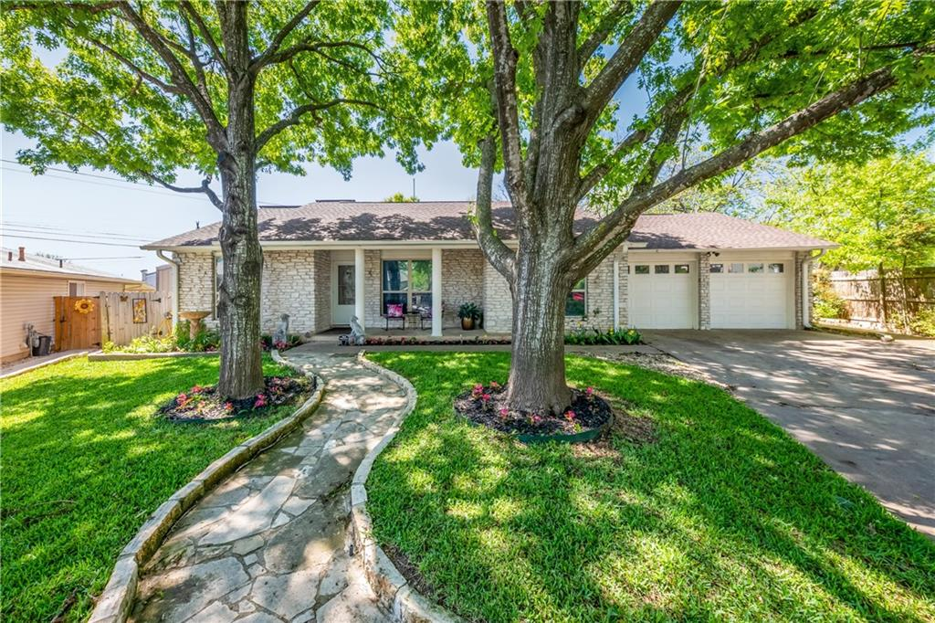 Property Photo - Austin, TX real estate listing