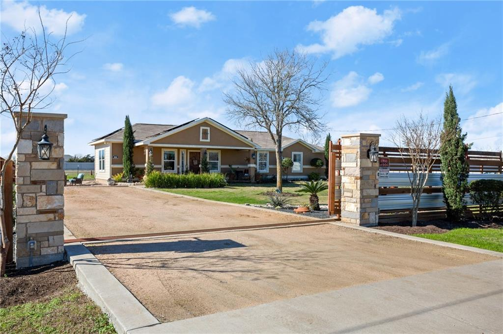 143 Forest Lake DR Property Photo - Del Valle, TX real estate listing