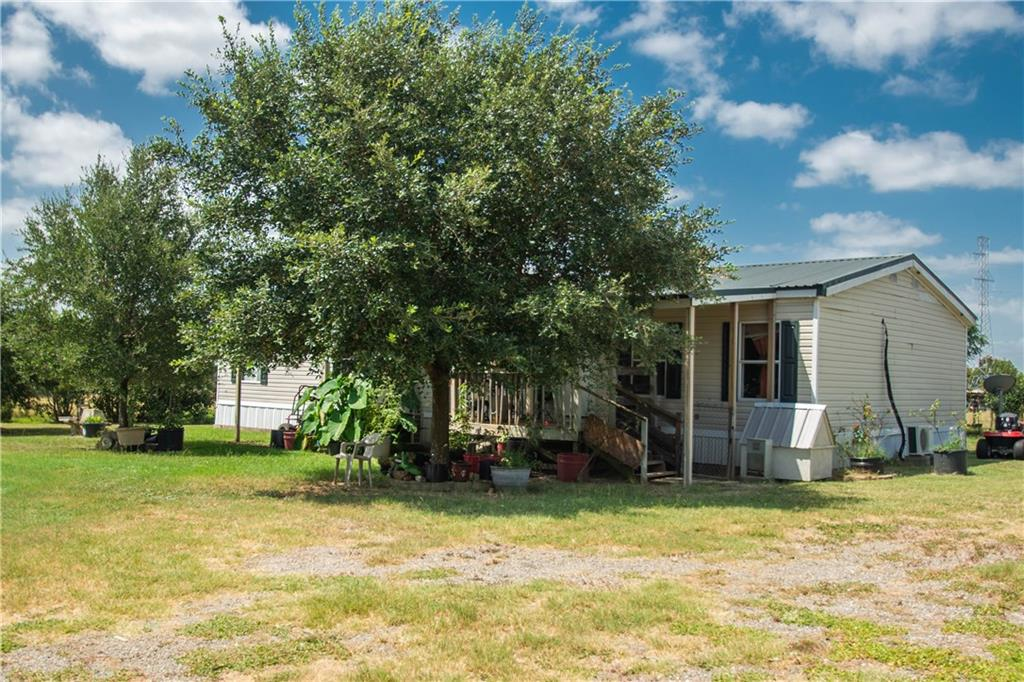 1121 Private Road 8046, Lincoln TX 78948 Property Photo - Lincoln, TX real estate listing