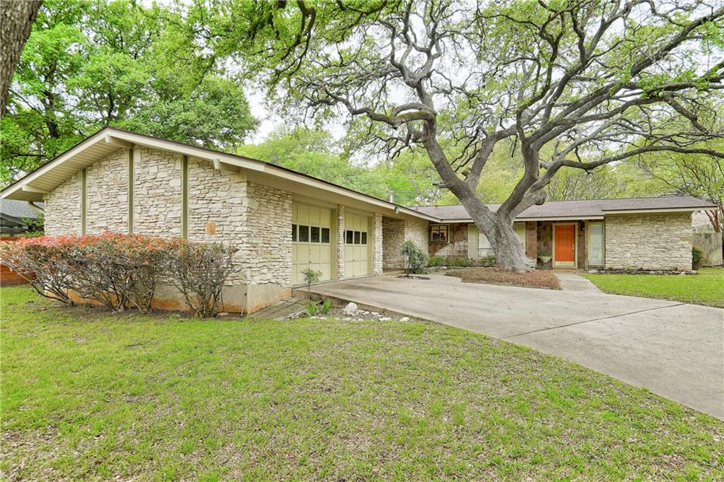 8706 Honeysuckle TRL Property Photo - Austin, TX real estate listing