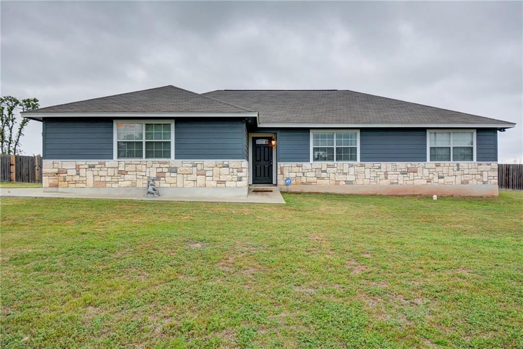 165 Cattlemens DR Property Photo - Bastrop, TX real estate listing