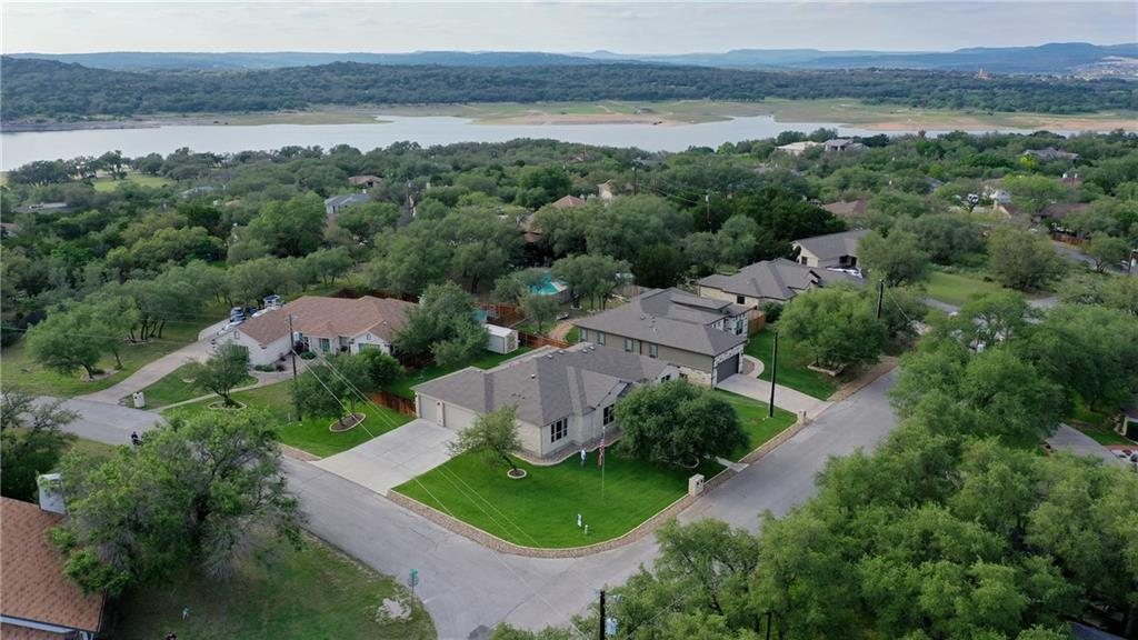 21436 Lakefront Dr Property Photo