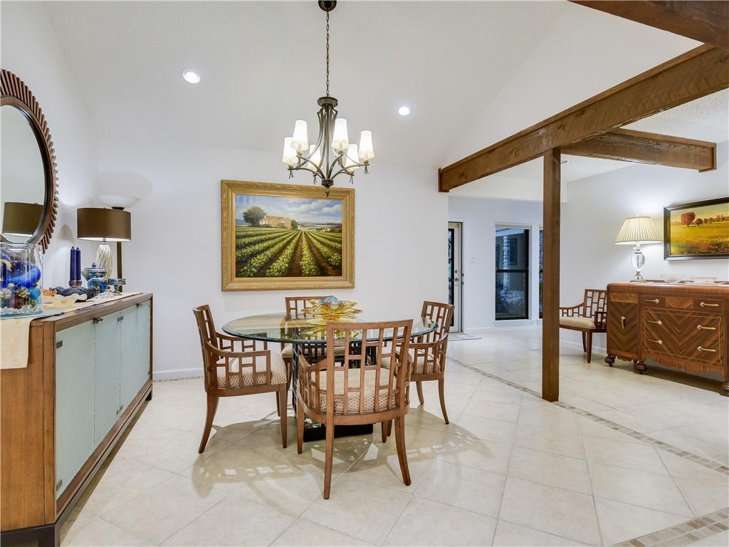6704 Fireoak DR Property Photo - Austin, TX real estate listing