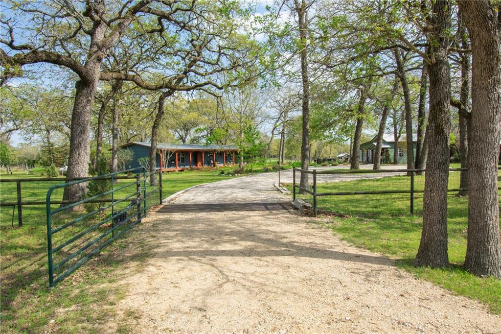 149 Sandy RD Property Photo - Rosanky, TX real estate listing
