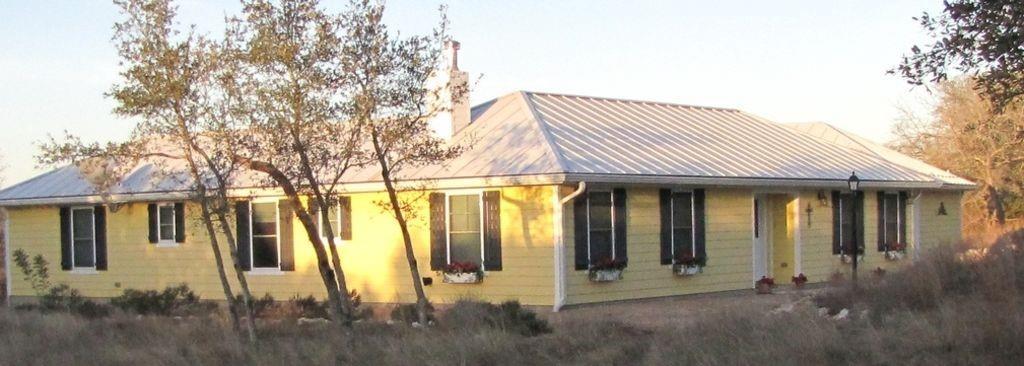 733 Altwein RD Property Photo - Blanco, TX real estate listing