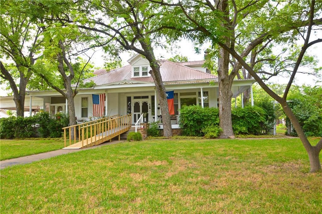 508 W Dry ST Property Photo - San Saba, TX real estate listing