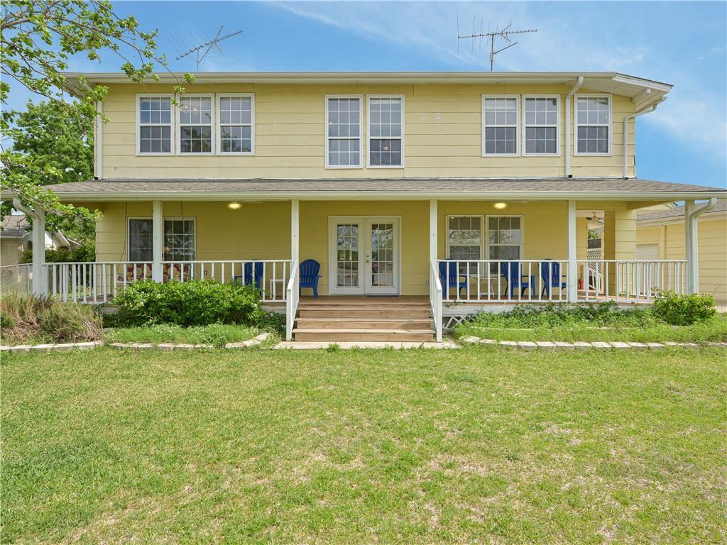 208 W Oak ST Property Photo - Buchanan Dam, TX real estate listing
