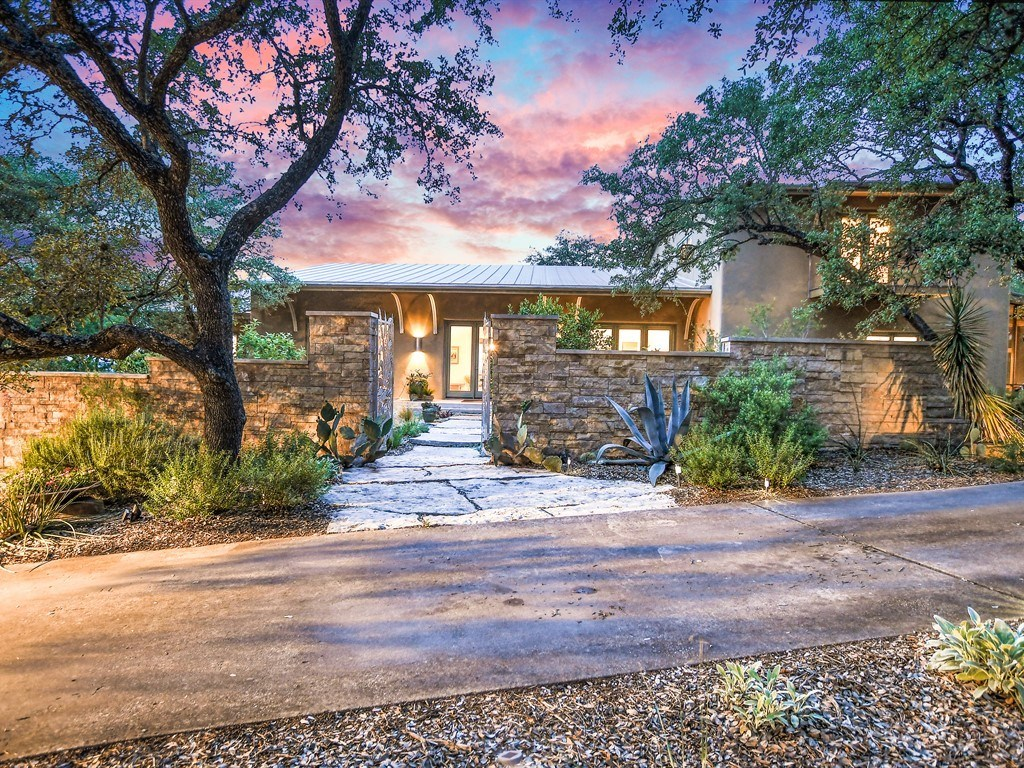 10602 Wagon RD, Austin TX 78736 Property Photo - Austin, TX real estate listing