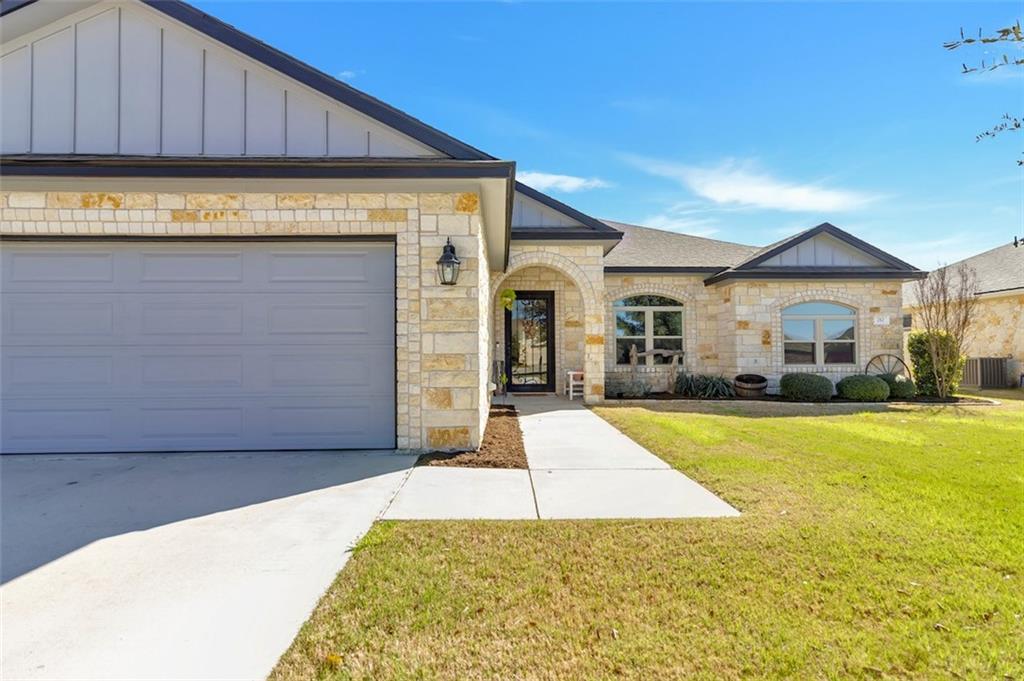 212 Derek LN, Jarrell TX 76537 Property Photo - Jarrell, TX real estate listing